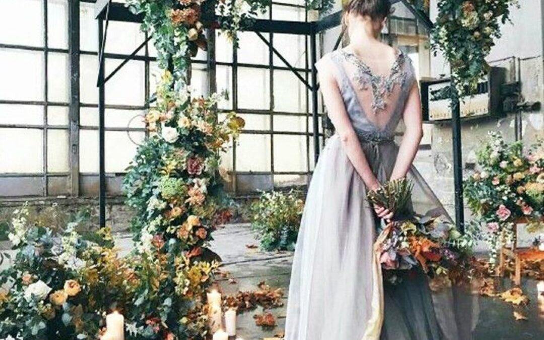 Őszi esküvőn gondolkozol? Itt van, minden amit tudnod kell róla!